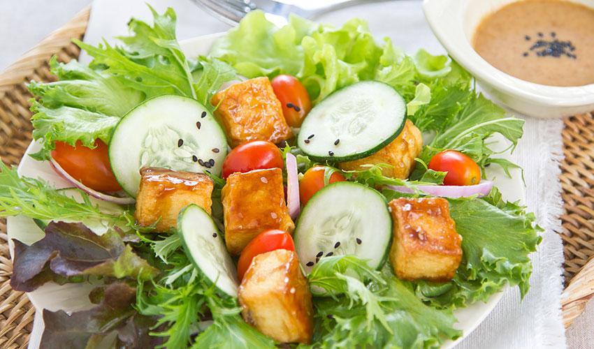 tofu organico salada